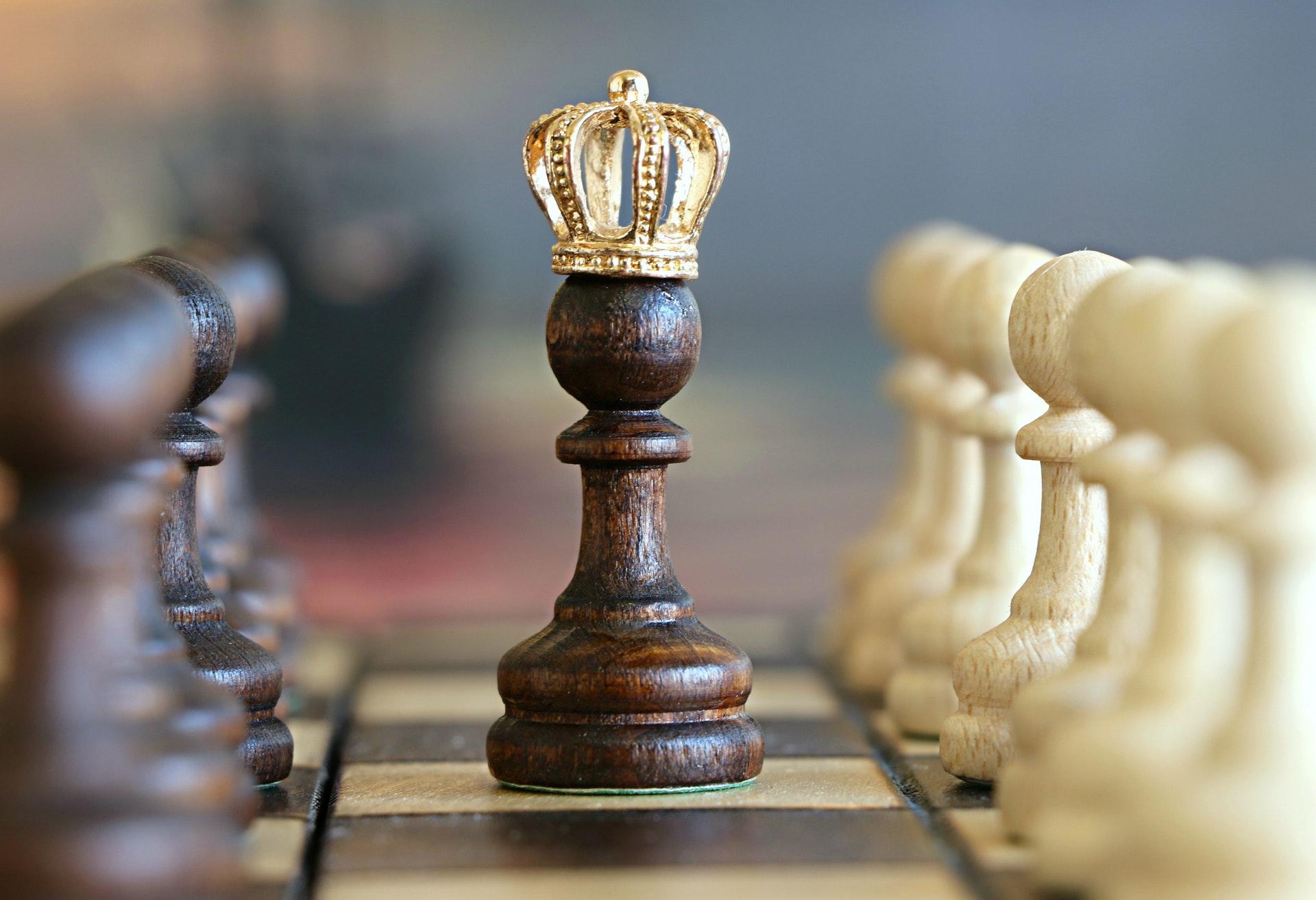 Ķēniņš nāks