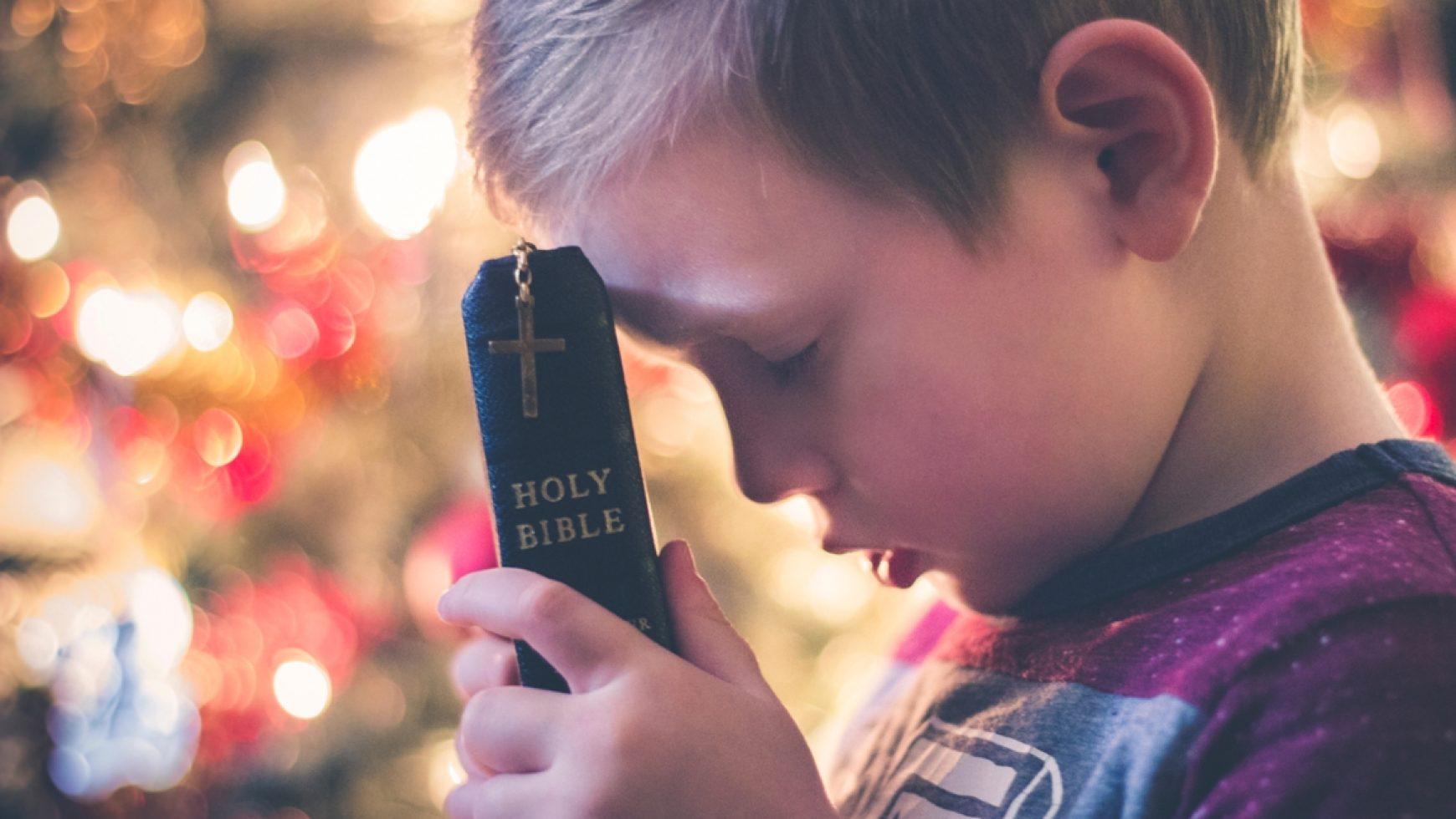 Svētdienas Dievs